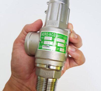 จัดส่ง SS110 Stainless safety valve 1″